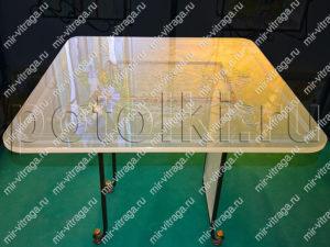 Витражный стол на кованном основании