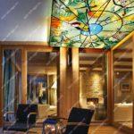 Витражные потолки в гостиной